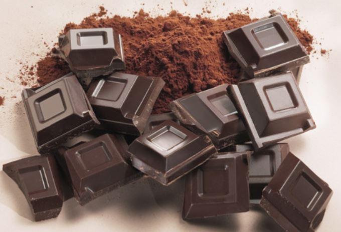 11 Verbazingwekkende gezondheidsvoordelen van donkere chocolade