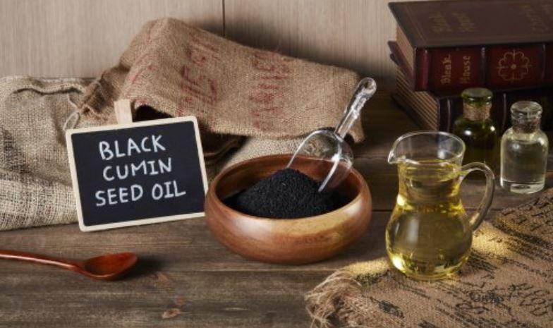 11 Bewezen gezondheidsvoordelen van zwarte zaadolie