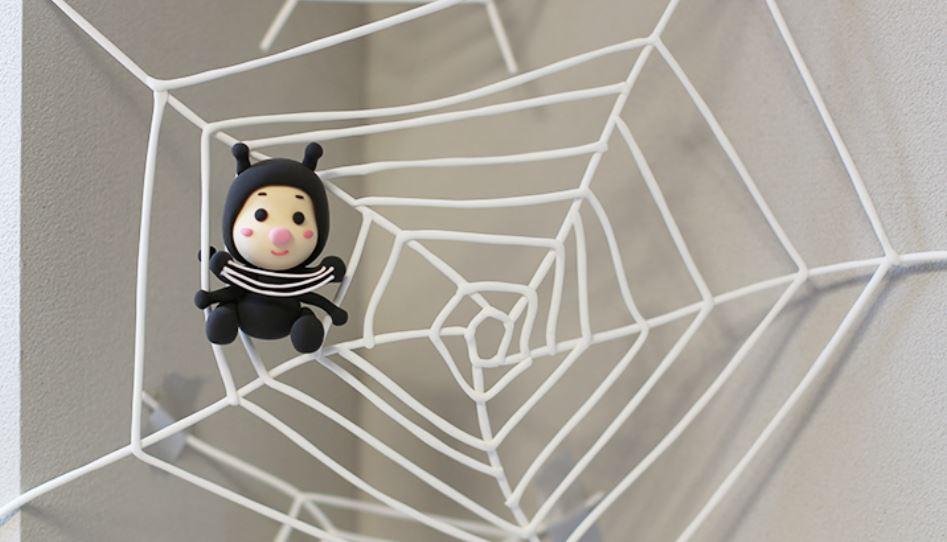 Dromen over spinnen: Droom betekenis, Symbolen