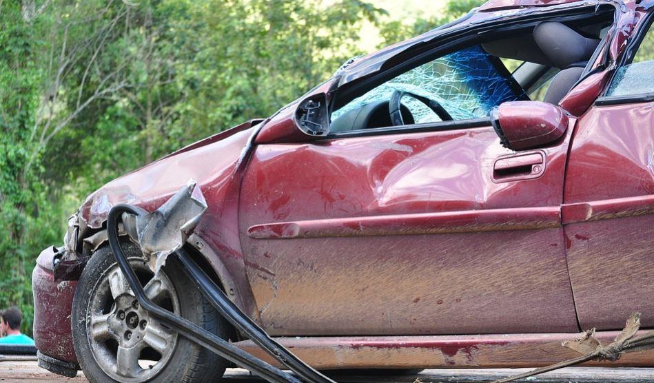 Dromen over auto ongeluk: Droom betekenis, Symbolen
