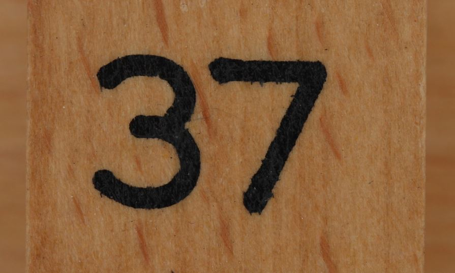 Numerologie 37