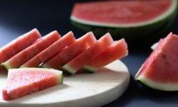 Waarom is watermeloen gezond? Lees hier de 19 voordelen