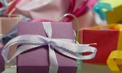 Dromen over cadeau krijgen: Wat betekent dat?