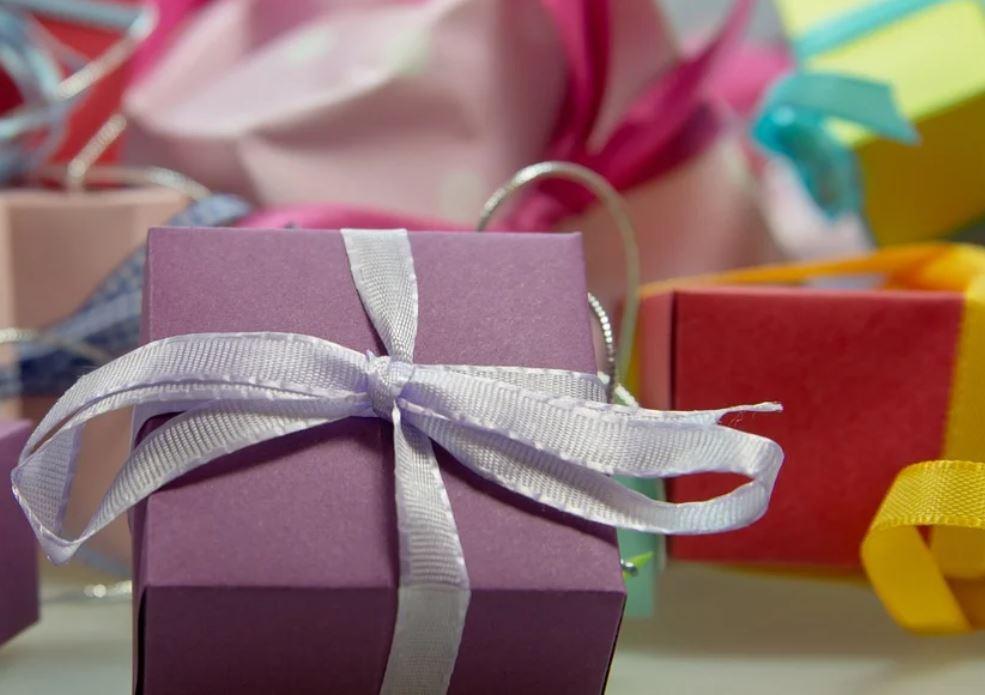 Dromen over cadeau krijgen